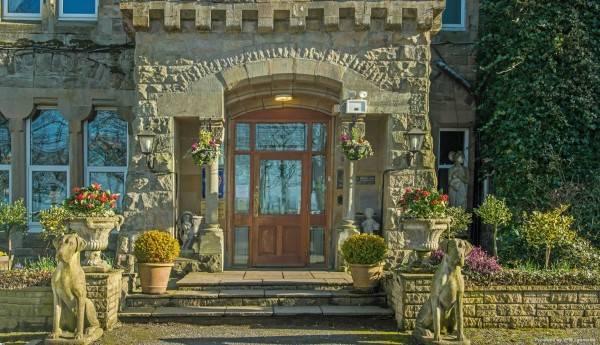 Hotel Hunday Manor