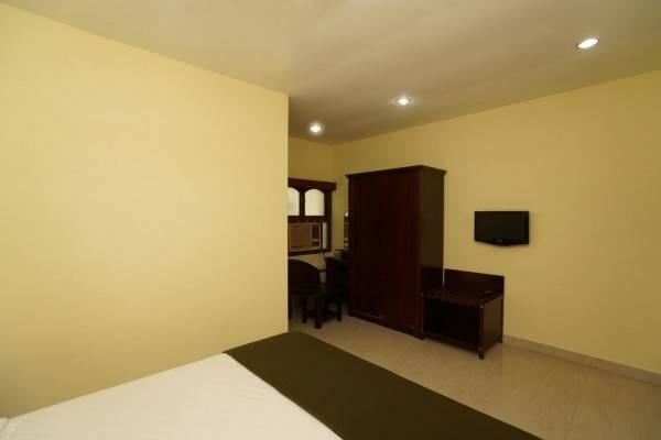 Hotel T. Nagar) Lloyds Guest House (Krishna Street