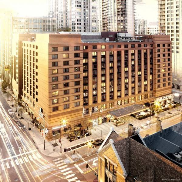 Hotel Embassy Suites by Hilton Chicago Downtown