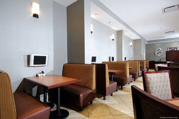 Hotel DoubleTree by Hilton North Charleston - Convention Center