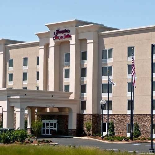 Hampton Inn - Suites Lanett-West Point AL
