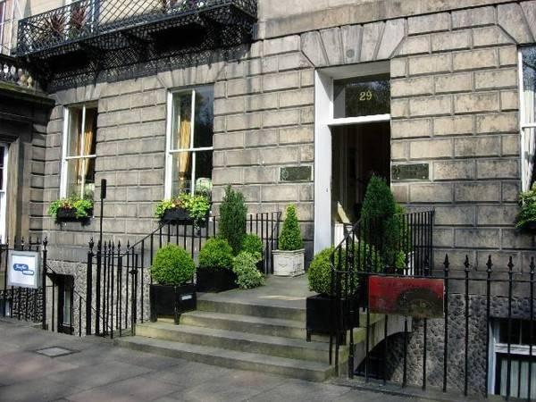 Hotel The Royal Scots Club