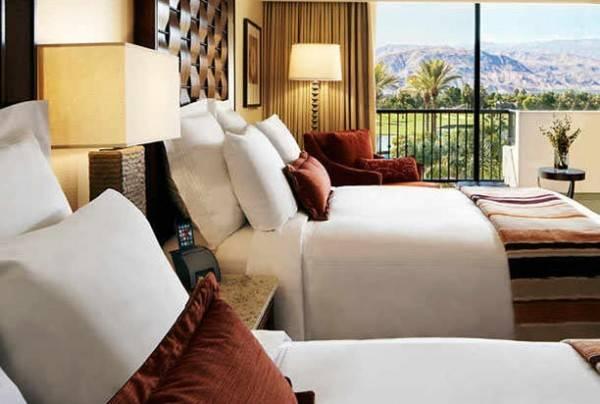 Hotel BLR at Palm Desert