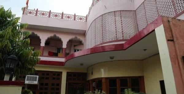 Hotel Chandra Lokk