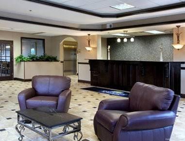 Days Inn & Suites by Wyndham Jeffersonville IN