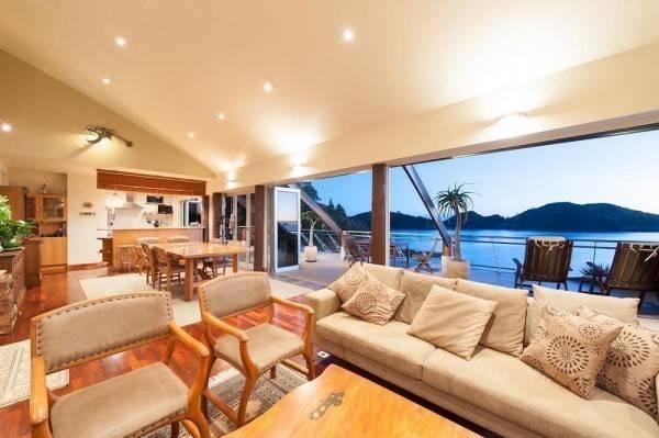 Hotel Cavalli Beach House Retreat