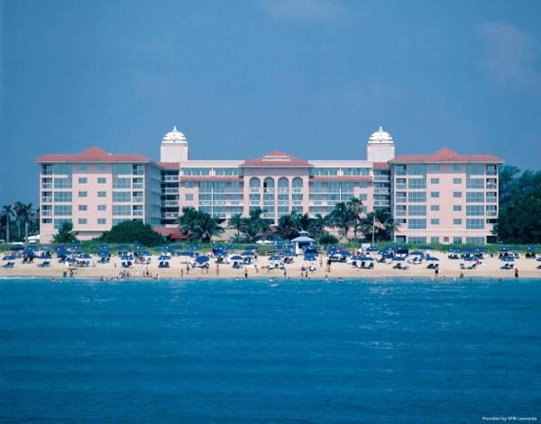 Hotel Palm Beach Shores Resort