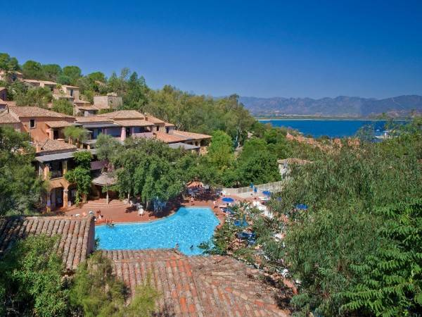 Hotel Borgo Cala Moresca