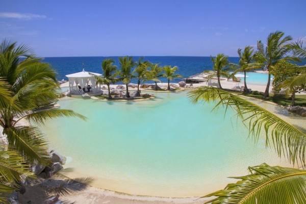 Hotel Tracadero Beach Resort