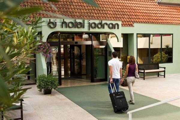 Aminess Veya Hotel (ex Hotel Jadran)