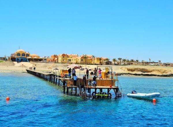 Hotel Rohanou Beach Resort and Ecolodge