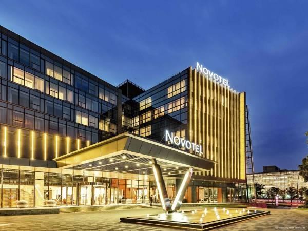 Hotel Novotel Nanjing East Suning