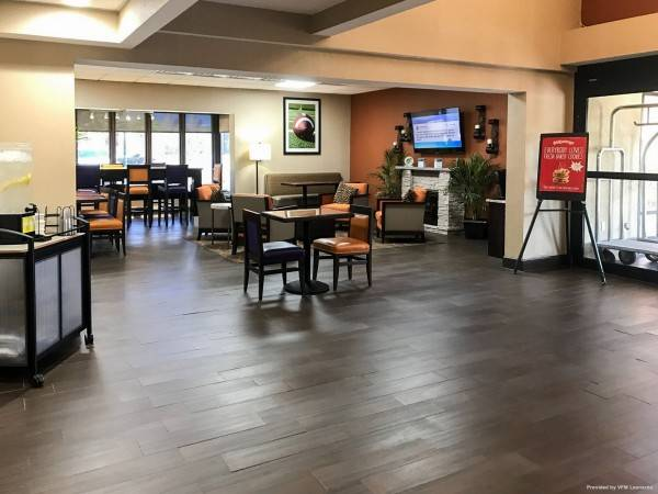 Comfort Inn and Suites Clemson - Univers