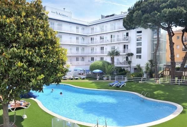 Aparthotel & SPLASH Hotel GHT Balmes