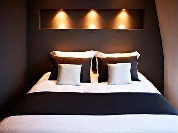 Hotel Ams Suites