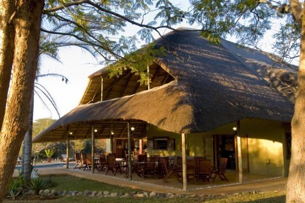 Hotel Kubu Safari Lodge