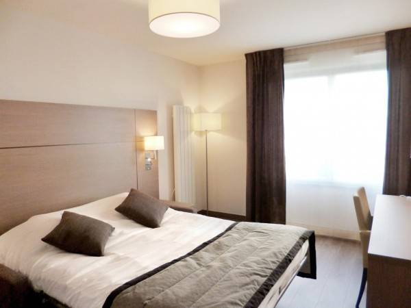 Hotel Residhome Valenciennes