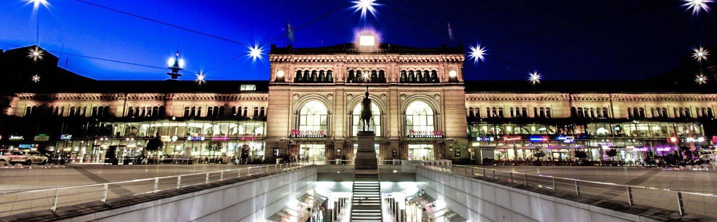 HRS Preisgarantie mit Geld-zurück-Versprechen: Günstige Hotels am Hauptbahnhof Hannover ✔ Geprüfte Hotelbewertungen ✔ Kostenlose Stornierung ✔ Mit Businesstarif 30% Rabatt