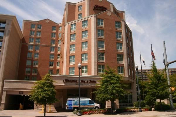 Hampton Inn - Suites Reagan National Airport - Crystal City