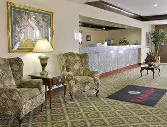 Magnuson Grand Hotel And Conf United States Of America At Hrs With Free Services