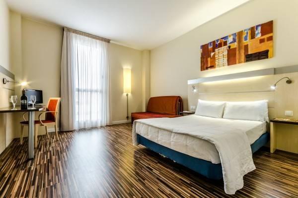 YIT Ciudad de Zaragoza Hotel