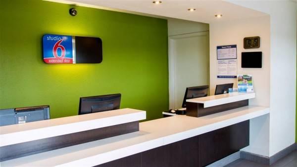 Hotel STUDIO 6 SAN ANTONIO - LACKLAN