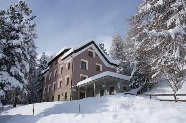 Hostel by Randolins