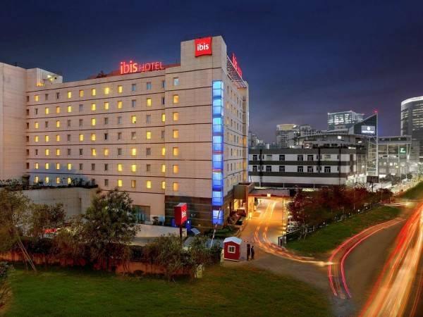 Hotel ibis Gurgaon Golf Course Road