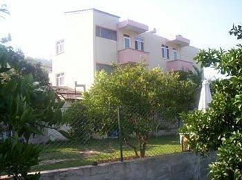 Akay Pension & Apartments