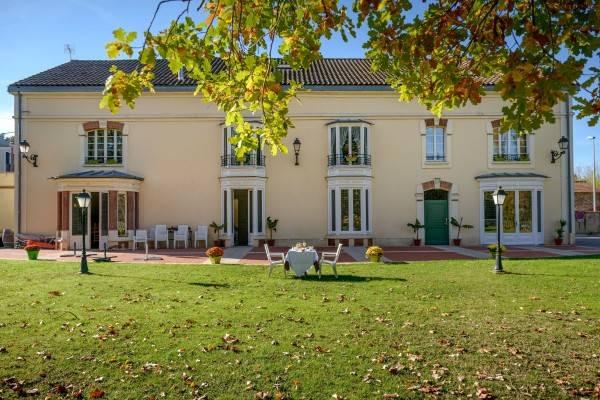 Hotel La Tour de Ciron