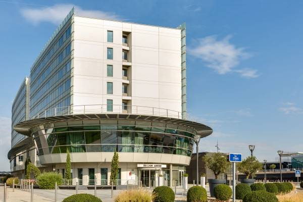 Hotel NH Lyon Airport