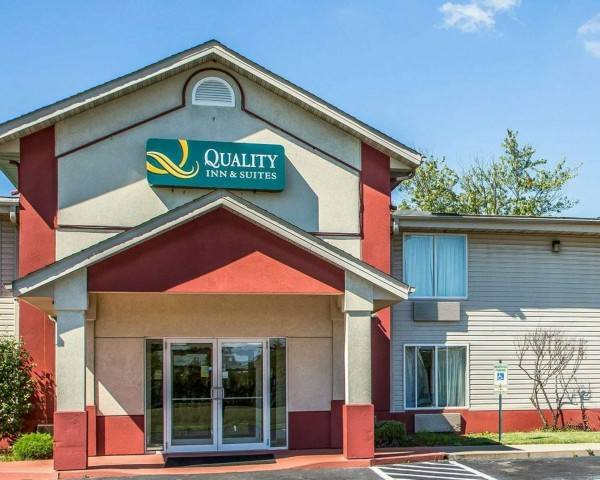 Quality Inn and Suites Middletown - Fran