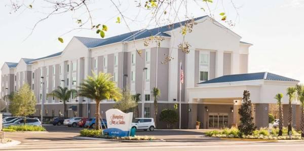 Hampton Inn - Suites Orlando at SeaWorld FL
