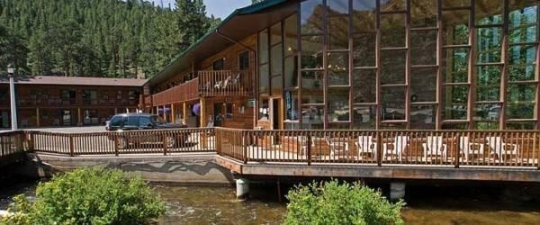 Hotel Nicky's Resort