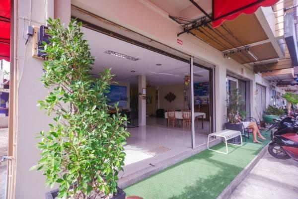 Hotel Cozy Guesthouse Phuket