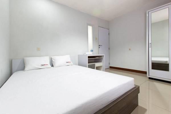 Hotel RedDoorz @ Cideng