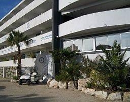 Le Saint Esteve Appart Hotel