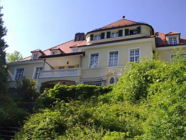 Chateau Abraham