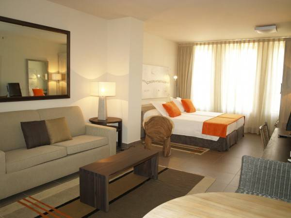 Hotel Eco Alcala Suites