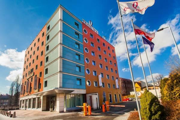 Hotel Qubus
