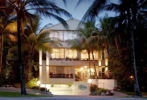 Hotel Reflections of Port Douglas