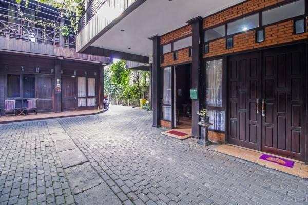 Hotel RedDoorz @ Cilandak Timur