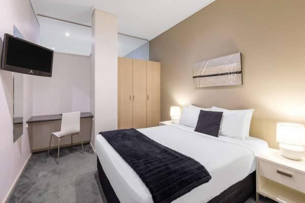 Hotel Riverside Apartments Melbourne