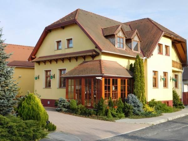Berki Vendéglő és Hotel