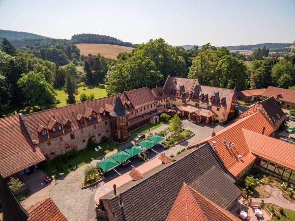 Schlosshotel Weyberhöfe