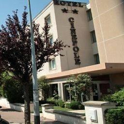 Hotel Cinepole