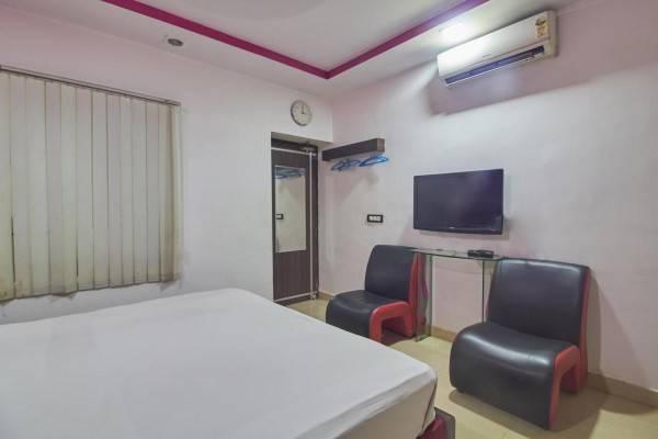 Hotel EKAANA COTTAGES