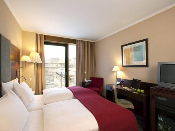 Hotel NH Budapest City