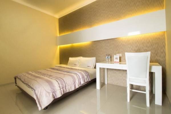 Hotel RedDoorz @ Pulomas