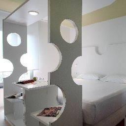 Hotel Room Mate Pau